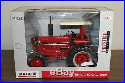 1/16 I. H. 1066 Tractor MFWD Prestige Collection