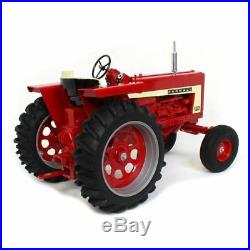 1/8 International Harvester Farmall 806 Wide Front By Scale Models New In Box