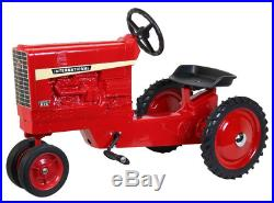 826 Pedal Tractor