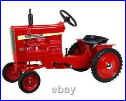 International 1456 Pedal Tractor with Fenders