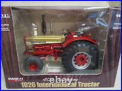 International Harvester 1026 Toy Tractor 40th Anniversary 1/16 Scale, NIB