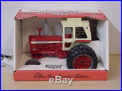 International Harvester 1456 Toy Tractor Times, 1/16, Diecast