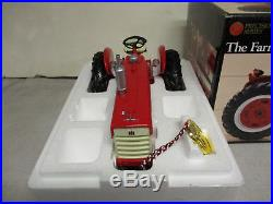 International Harvester 460 Toy Tractor Precision Series #11 1/16 Scale, NIB