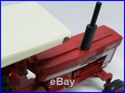 Vintage 1/16 scale International 966 / 1066 With Rops